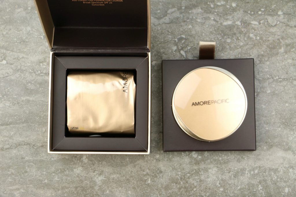 Amorepacific age correcting foundation cushion broad spectrum